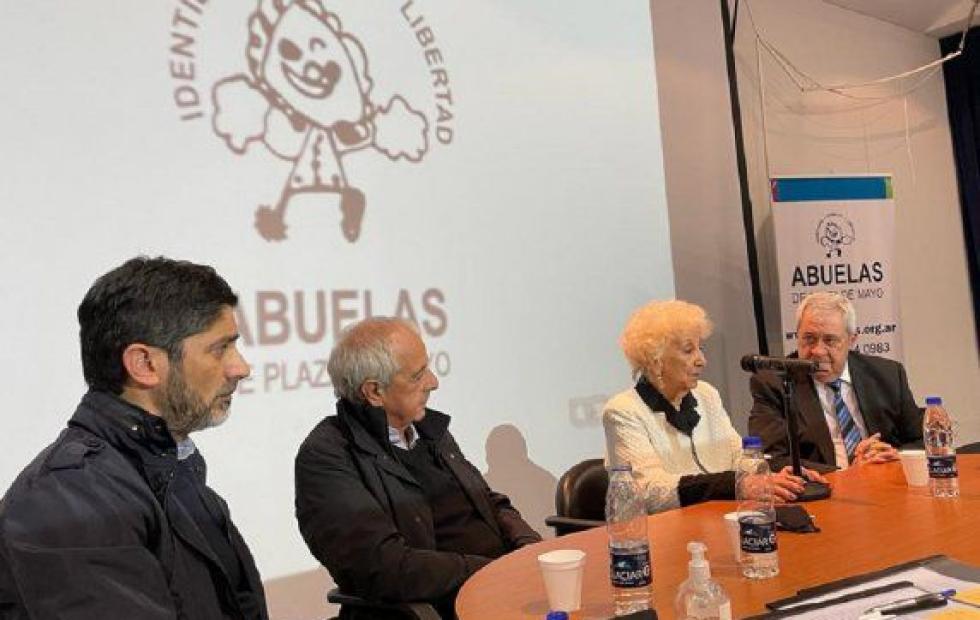 Firmaron un convenio con Abuelas de Plaza de Mayo para profundizar la búsqueda de los nietos