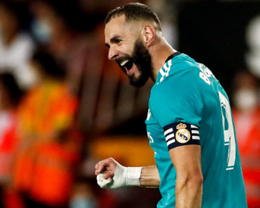 Real Madrid ganó sobre el final y quedó como líder