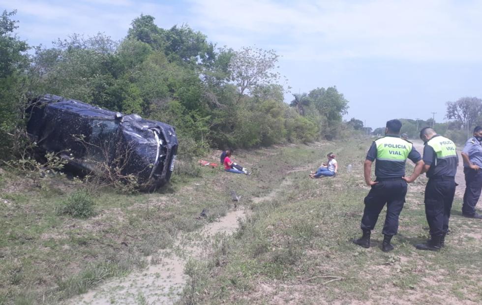 Volcó un vehículo cerca de la nueva cárcel de San Cayetano